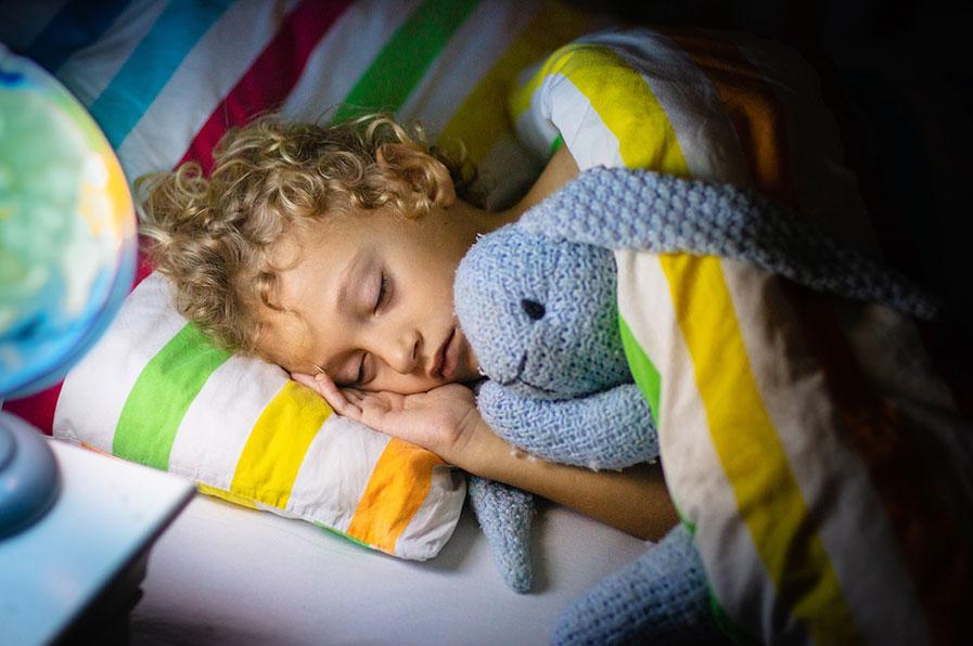 Inquieto ao dormir? Conheça o Distúrbio de Sono Agitado